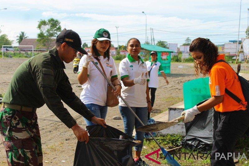 Pemkab Mimika gerakkan distrik dan kelurahan tangani sampah