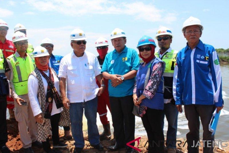 Menteri PUPR targetkan pembangunan tanggul rob Pekalongan selesai Desember