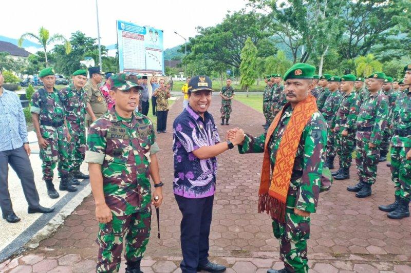 Kodam Brawijaya terjunkan satu SSK Yonzipur bantu rekonstruksi  di Sumbawa Barat