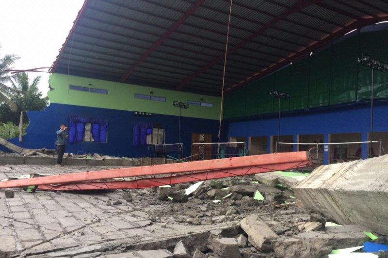 DPUPKP Sleman : barak pengungsian Merapi Donokerto rawan roboh