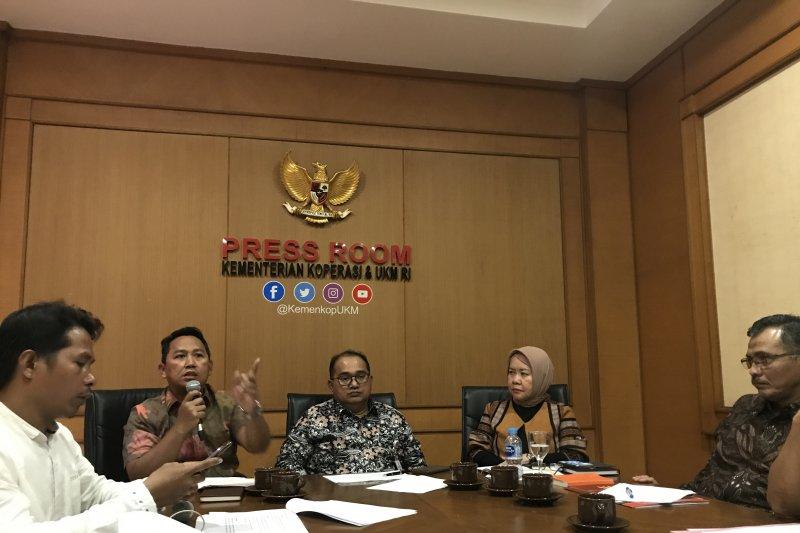 Kemenkop dukung Festival Sarung Indonesia untuk dongkrak promosi UKM sarung
