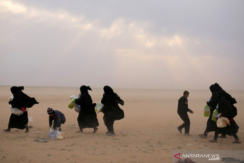 Suriah : Gerilyawan tembakin desa, 21 orang sesak karena gas beracun