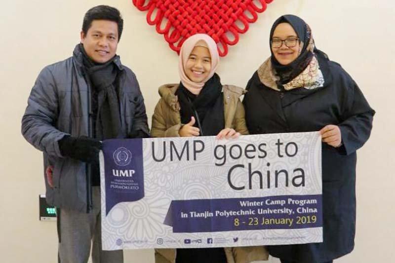 Staf dan mahasiswa UMP studi banding ke China