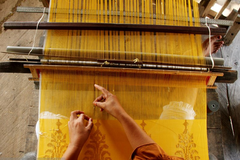 Festival Sarung Indonesia salah satu langkah kembalikan nilai budaya