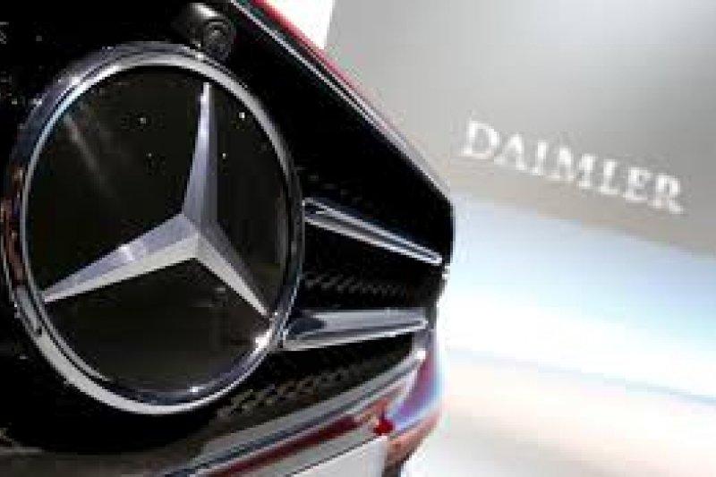 Saham otomotif Daimler melonjak