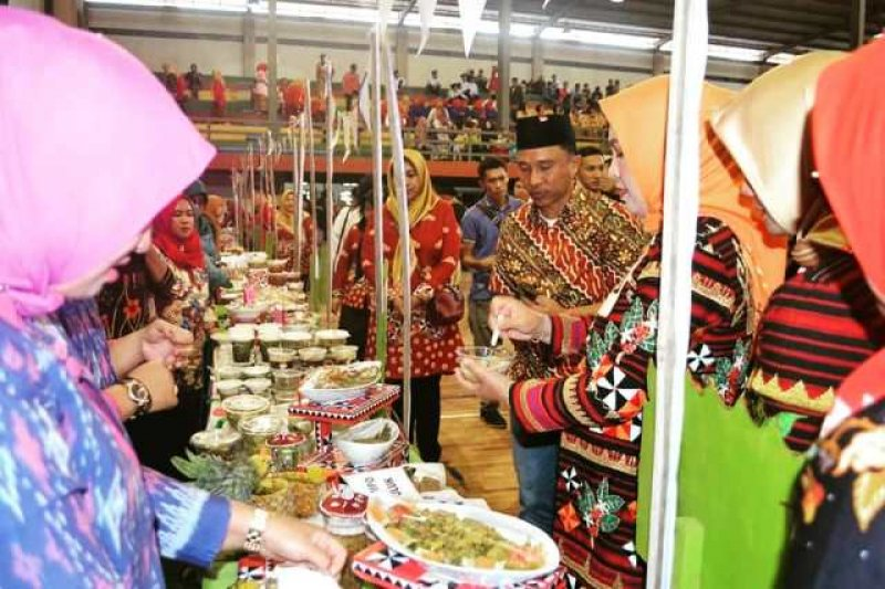 Lampung Barat Gelar 'Liwa Culture Fashion and Food Festival 2019'