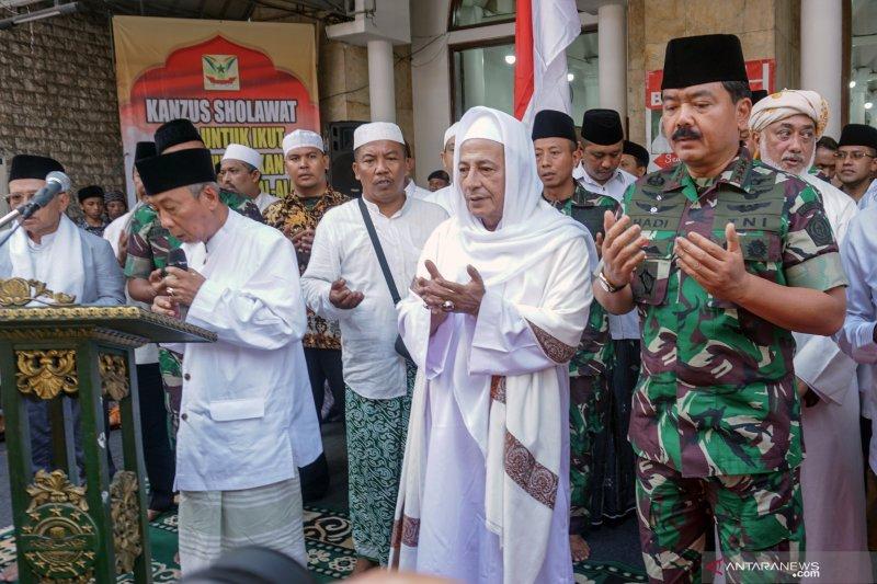 Habib Luthfi bin Yahya: Jangan coba-coba goyahkan NKRI