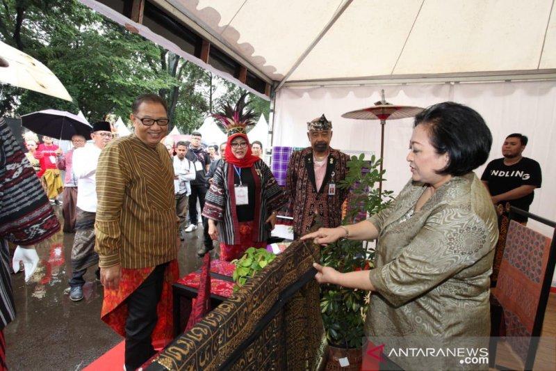 Festival diharapkan dorong popularitas sarung sebagai gaya hidup milenial