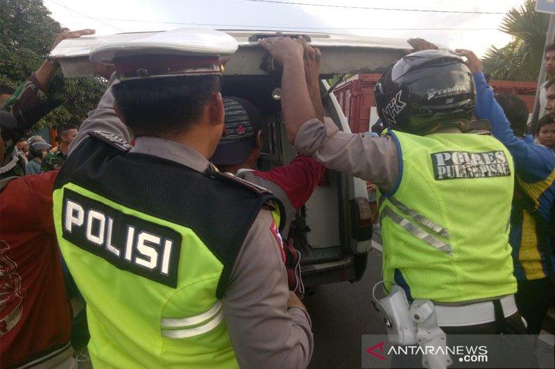 Seorang pelajar asal Mandomai tewas mengenaskan usai terlindas truk elpiji