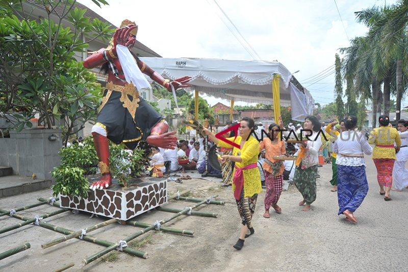 Jelang perayaan Nyepi di Palembang