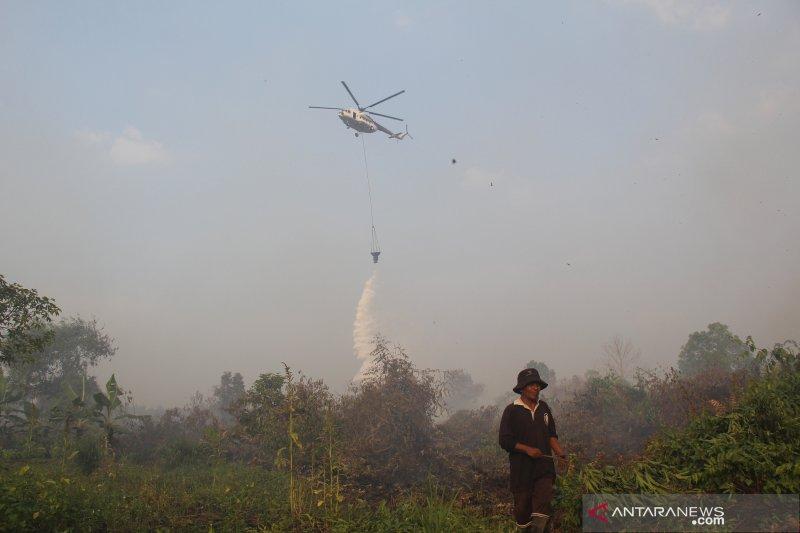 Riau dihujani bom air untuk padamkan kebakaran hutan