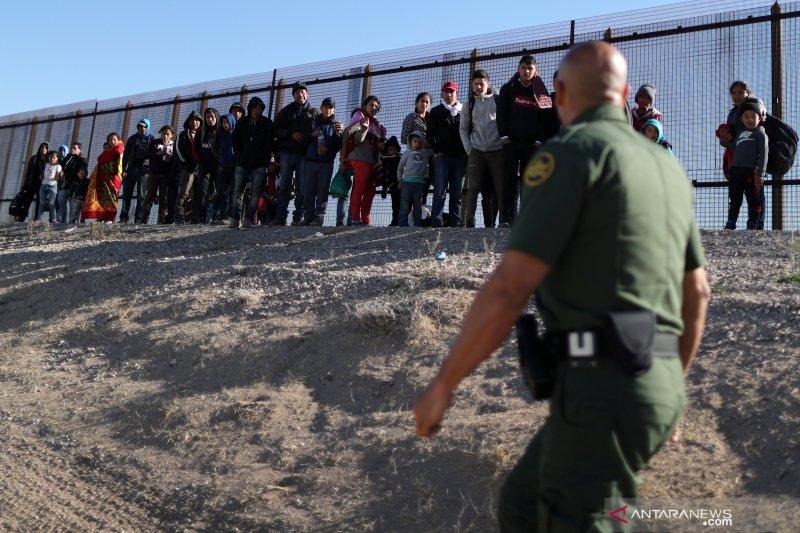 100 lebih migran asal Amerika Tengah ditahan di Meksiko utara