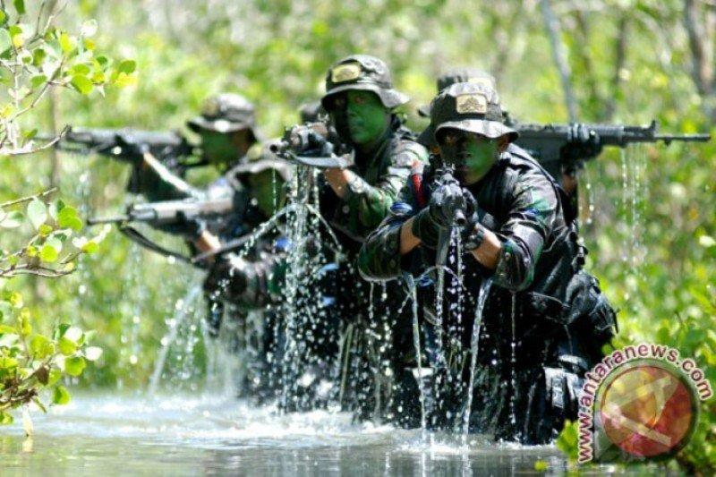 Dua anggota TNI terluka saat diserang KKB