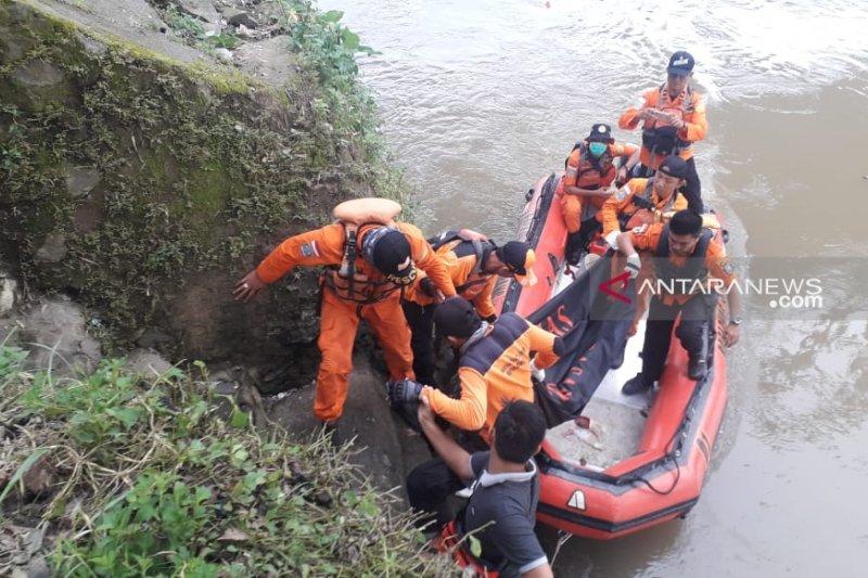 BPBD OKU temukan jasad korban hanyut di sungai