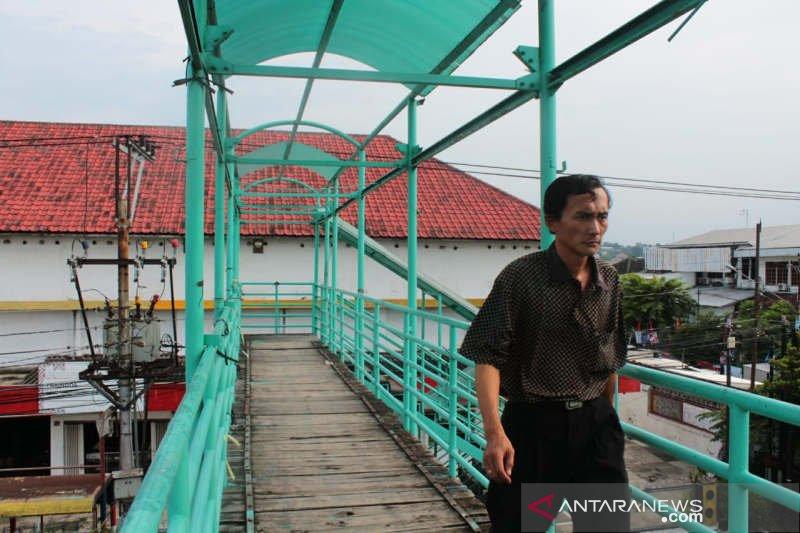 Sejumlah JPO di Semarang butuh perbaikan