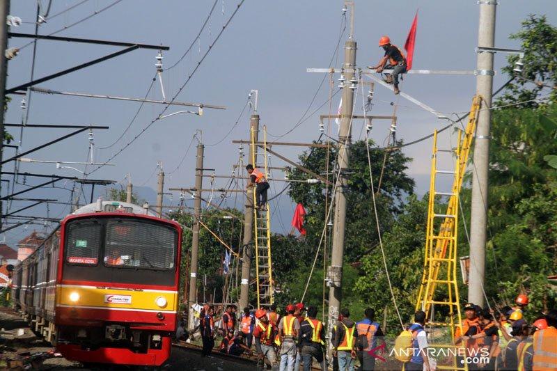 Perjalanan KRL dari Tanah Abang menuju Serpong mulai pulih