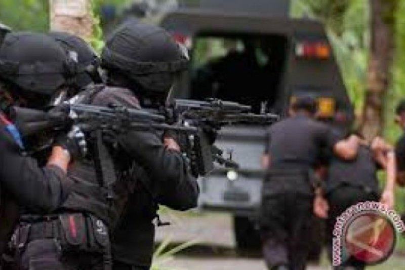 Densus 88 tangkap Ketua RT di Kota Semarang