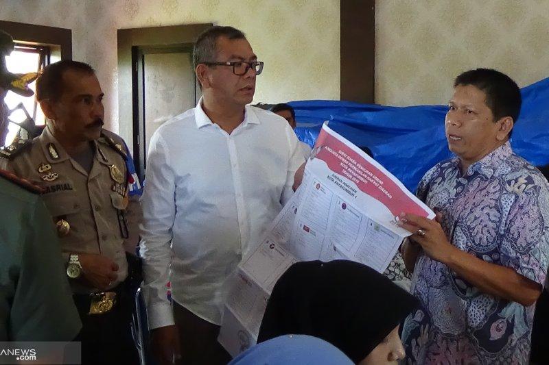 Pastikan proses pelipatan surat suara lancar, Wako Payakumbuh datangi KPU