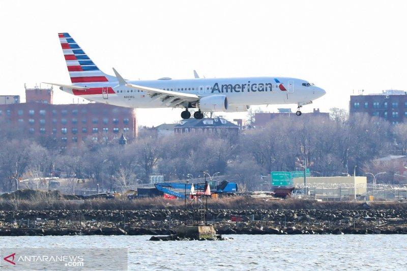 Ribuan calon penumpang terlantar di sejumlah bandara AS