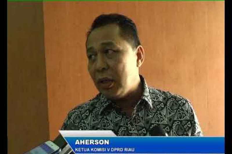 Wali murid rela iuran bangun kelas baru di SMAN 15 Pekanbaru, Begini tanggapan DPRD