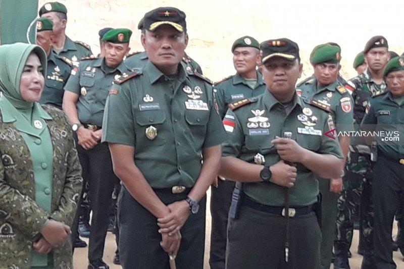 Penghargaan untuk babinsa yang usir polisi Malaysia masuki wilayah NKRI di Sei Ular