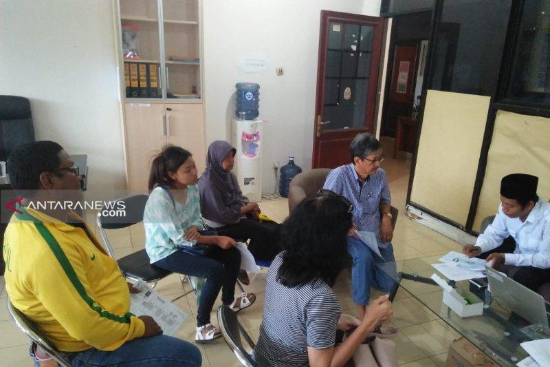 Ratusan warga Surabaya tidak masuk DPT minta rekomendasi Bawaslu