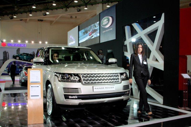 Jaguar Land Rover tarik 44.000 mobil karena ini