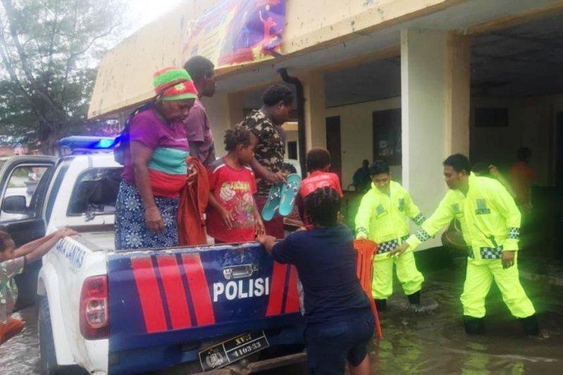 Ratusan korban banjir Merauke sudah dipulangkan