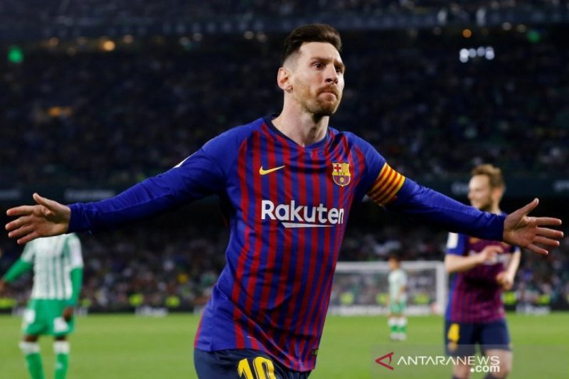 Berapa banyak tembakan bebas Messi jadi gol, bagaimana Ronaldo ?