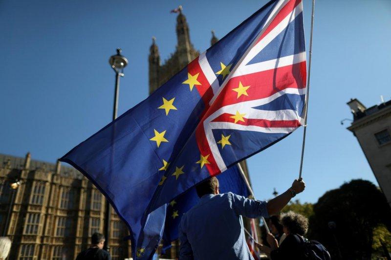 Ketidakpastian Brexit picu penurunan terbesar investasi di Inggris