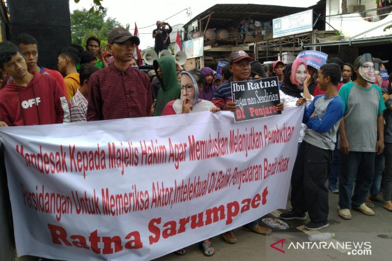 Aktor intelektual hoaks Ratna Sarumpaet didesak ditangkap