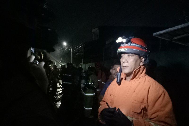 Dua orang menderita luka bakar akibat kebakaran di Lagoa