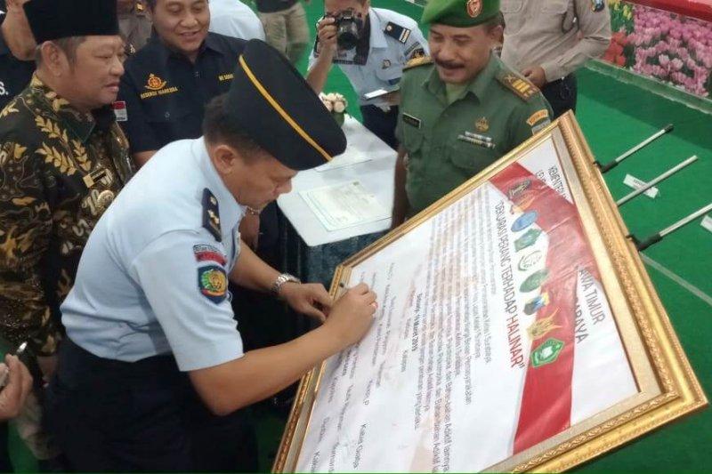 Warga binaan dan petugas Lapas Porong deklarasi perangi peredaran narkoba