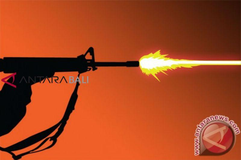 Baku tembak dengan teroris, seorang polisi terluka di Deli Serdang