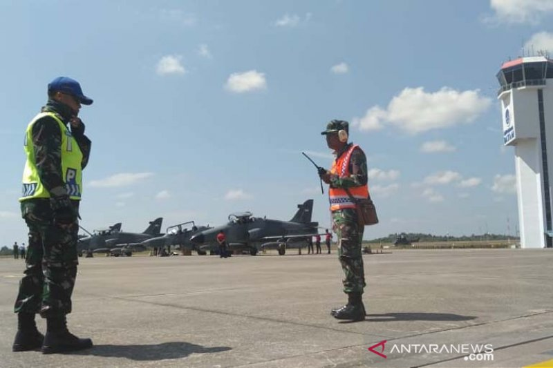 Empat Pesawat Tempur AU latihan di Kepri