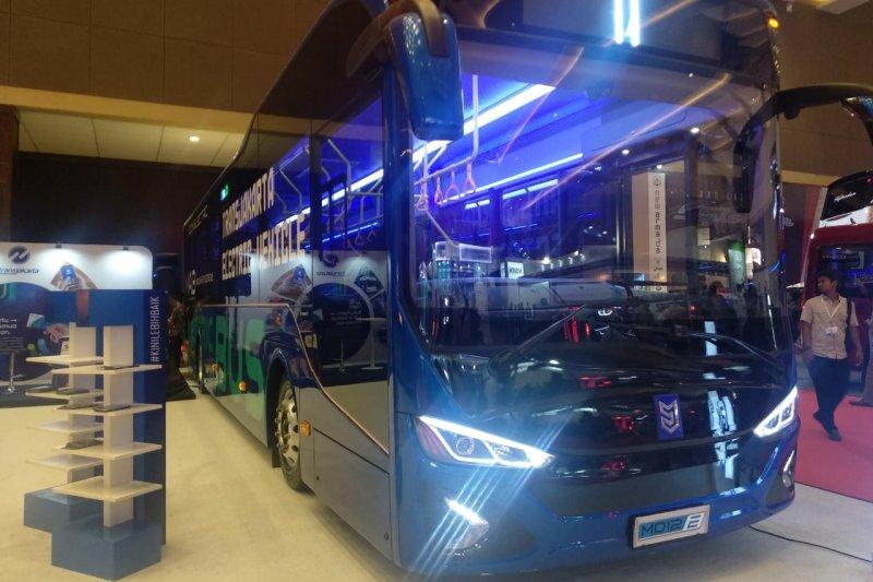Transjakarta akan uji coba bus listrik