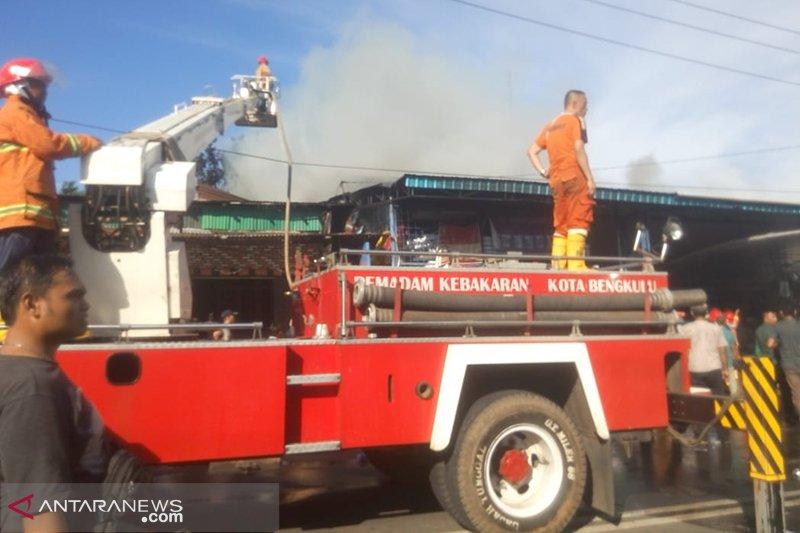 Dua kebakaran terjadi hampir bersamaan di ibukota
