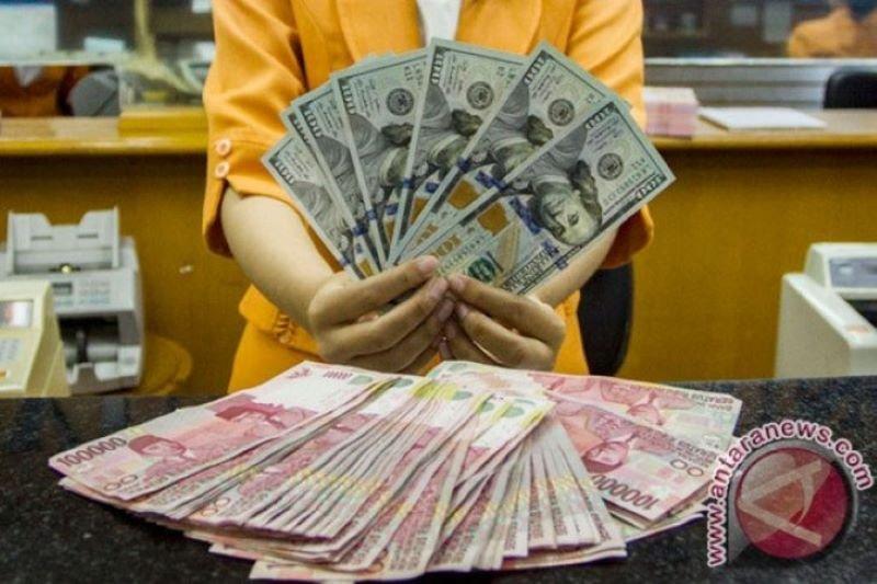 Rupiah tembus di bawah Rp14.000