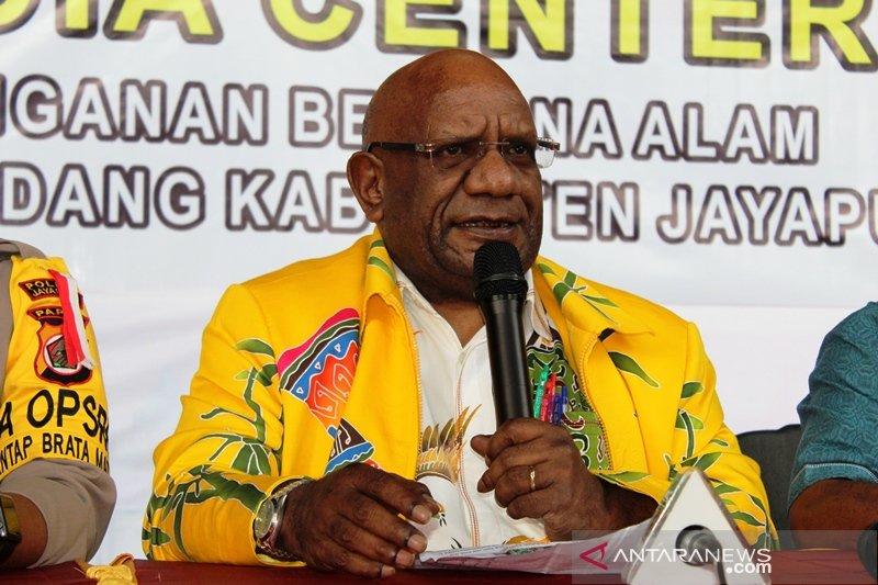 Wagub Papua: masyarakat jangan jadikan lokasi banjir sebagai bahan tontonan