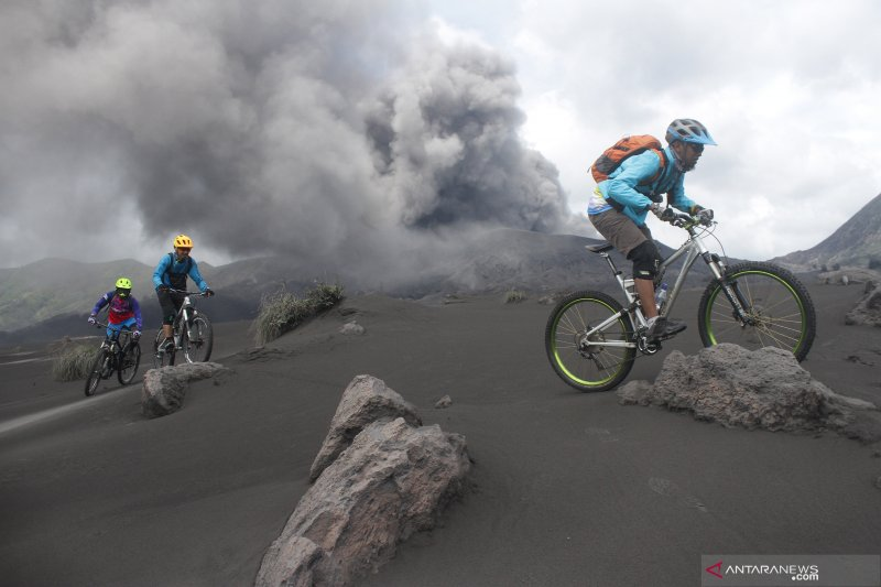 Gunung Bromo masih aman dikunjungi