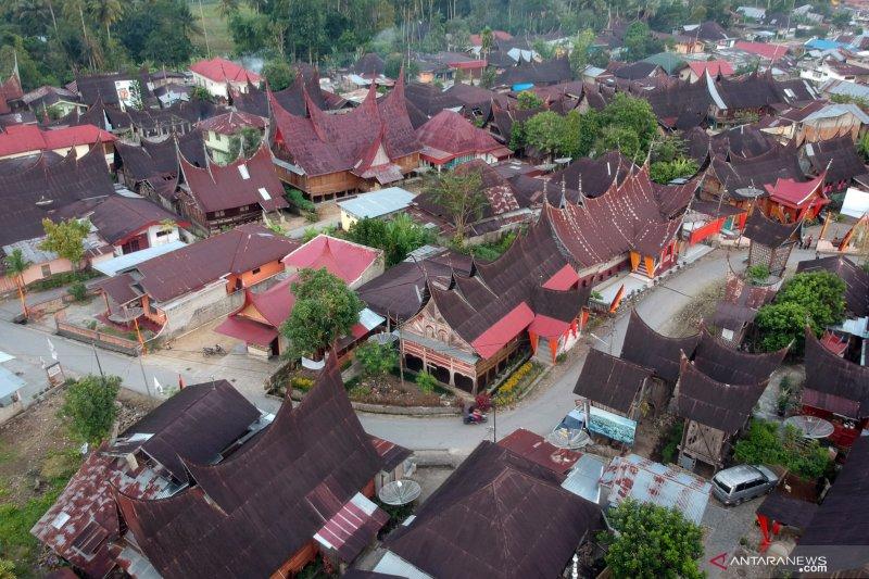 Solok Selatan lakukan penomoran renovasi Rumah Gadang