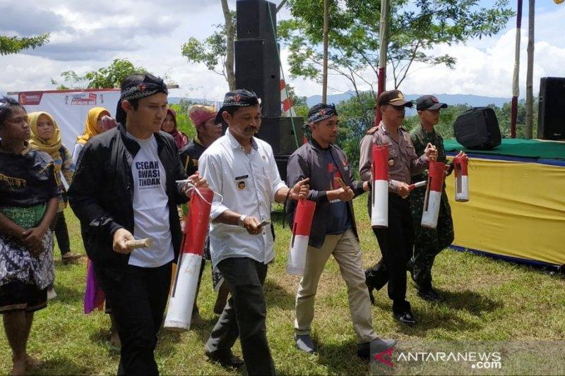 Warga Pesodongan deklarasikan kampung antipolitik uang