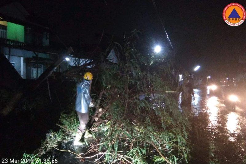 BNPB: Angin kencang sebabkan satu tewas di Kota Batu