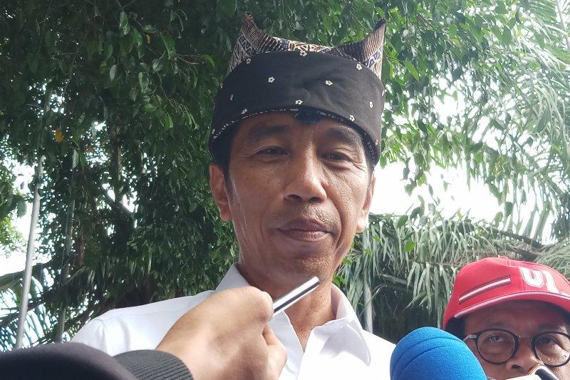 Jokowi imbau masyarakat Banyuwangi tidak golput