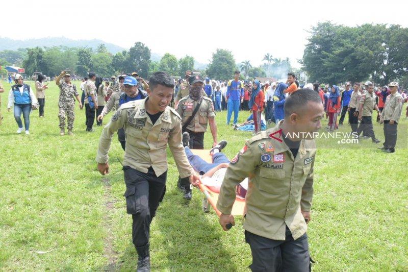 Tagana Lampung laksanakan simulasi bencana di Desa Hanura