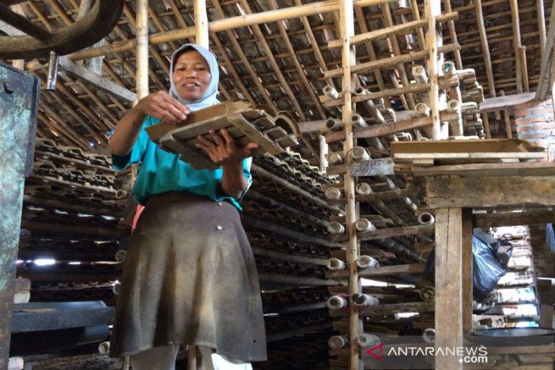 Pengrajin Genteng Godean harapkan bantuan alat pengering