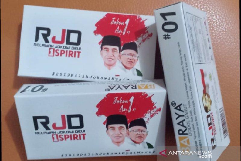 Tim Jokowi Garut jadikan dodol sebagai media kampanye