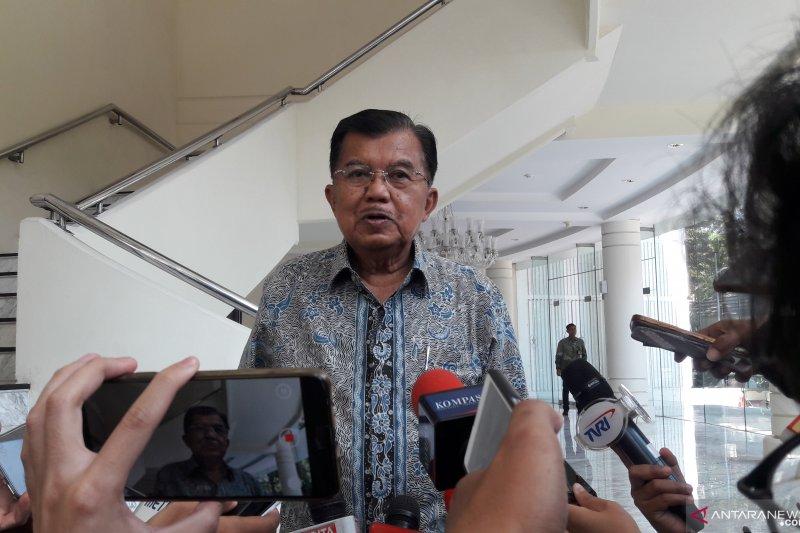 JK tanggapi pembelian kembali Indosat