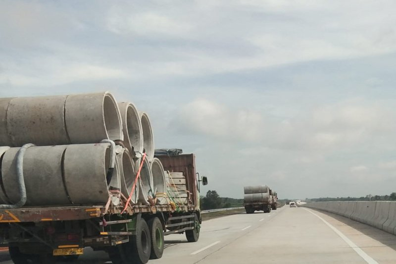 Tol Trans Sumatera makin ramai dilintasi kendaraan