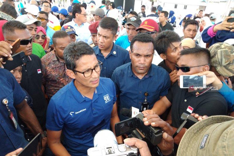 Cawapres Sandiaga Uno kampanye di Kota Sorong